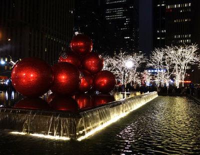 Christmas in New York City; photo by Richard Bilow; courtesy of ETG