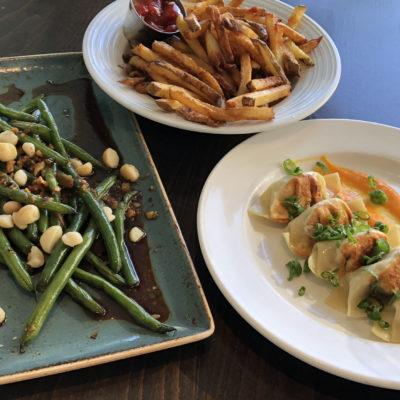 The Beach House Happy Hour food; photo by Kathy Leonardo; courtesy of ETG