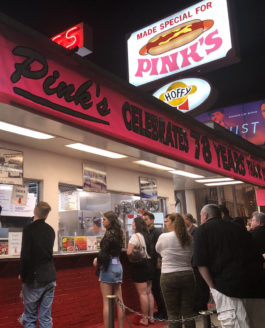 CA: LA, Pink's Hot Dogs Re-Opens